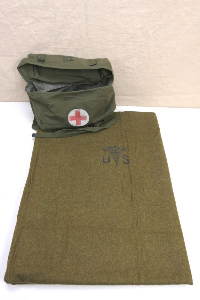 US Pack Field Cargo M-1945 Medic Bag + Wool virgin Blanket Aesculab US Blanket Medic Red Cross