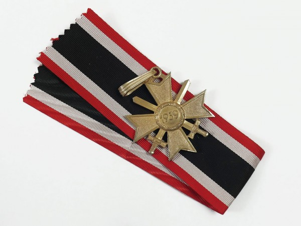 Knight's Cross of the Cross of War Merit with Swords on Ribbon Level Gold
