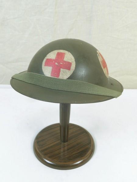 Type WW2 Medic plate helmet British steel helmet Gr.56 with chinstrap British Army