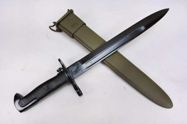 WWII bayonet for M1 Garand knife combat knife with scabbard