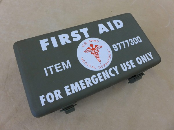 US ARMY First Aid Kit Box Emergency First Aid Kit empty Willys Jeep MB Ford GPW