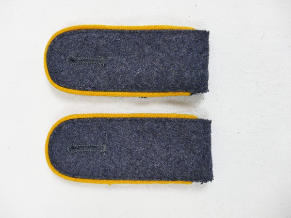 Pair of epaulettes air force pilot paratroopers for the pilot blouse