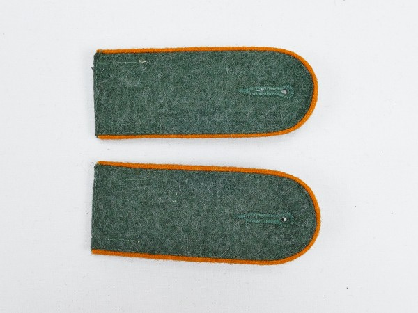 1x pair of M40 epaulettes Wehrmacht Heer Feldgendarmerie Mannschaften