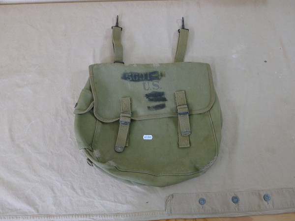 Original US Army WW2 M-1936 Musette Bag combat bag, Atlantic Products 1941, Filmrequisite