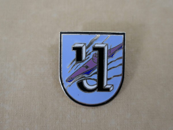 Kriegsmarine cap badge 1. U-Flottille U-Boat Uniform badge enamelled