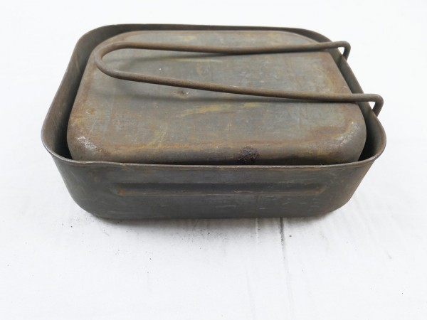 England GB WW2 Measuring Kit Dinnerware Cookware 1943 (1118)