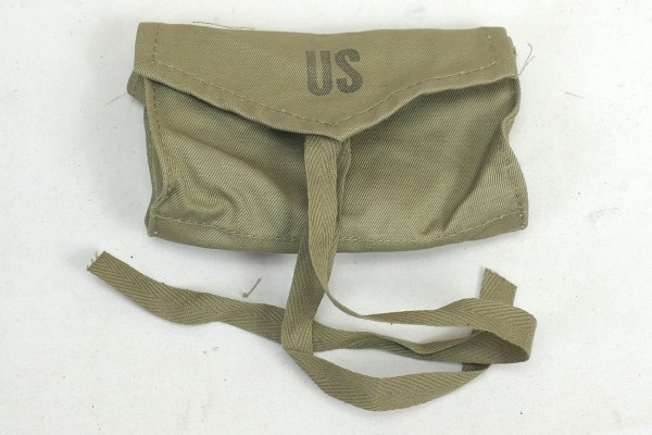 US Army WW2 First Aid Medical Corps Pouch Carrier 1944