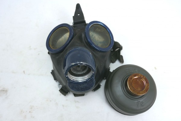 Wehrmacht gasmask 1944 protection mask with filter FE41 and strapping clf blue #3