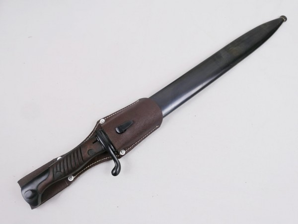 Wehrmacht bayonet K98 / side rifle with belt shoe 1942 - Reproduction