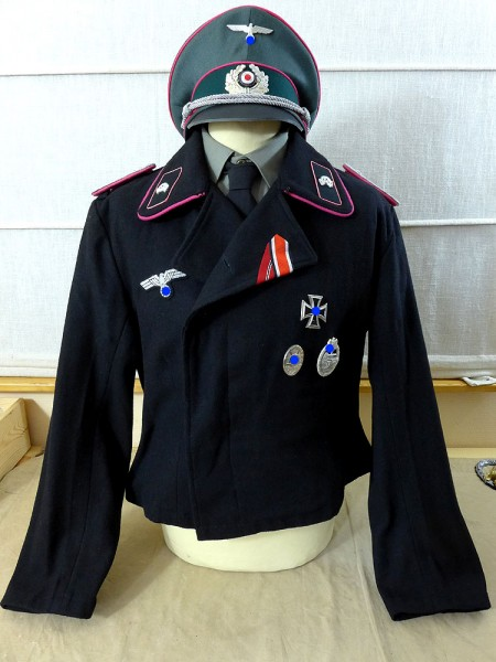 Wehrmacht tank jacket with peaked cap tank uniform