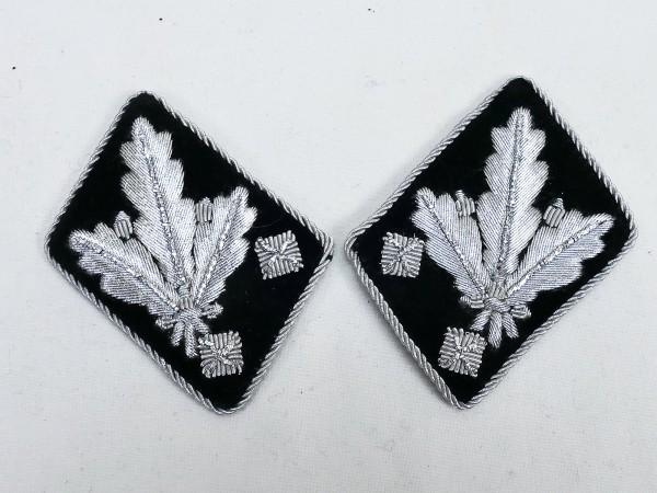Pair of WSS rank badges / collar patches Obergruppenführer / General -flat design-