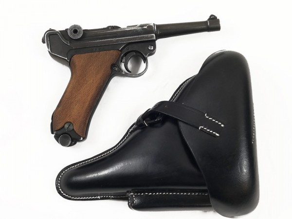 Luger 08 pistol with suitcase pocket, Denix 08 antique finish with leather holster