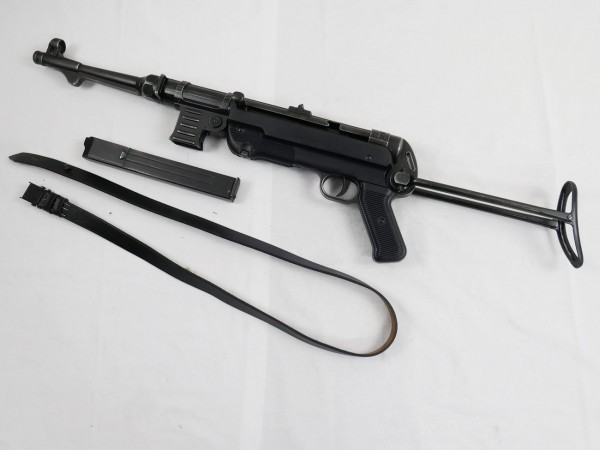 MP40 machine pistol Wehrmacht deco model film weapon antique finish with carrying strap