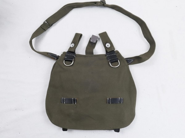 Wehrmacht bread bag with carrying strap new