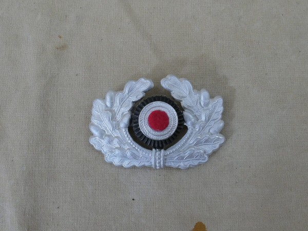 effects oak wreath with red felt cockade Wehrmacht visor cap army