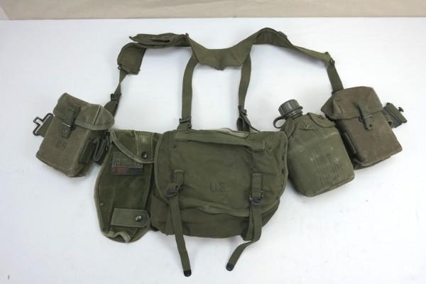 US Army M-1956 Vietnam Assault Pistol Belt Equipment Luggage