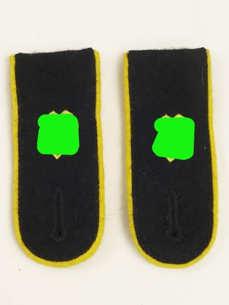 LAH Weapons Elite Leibstandarte LSSAH news troop intelligence shoulder straps