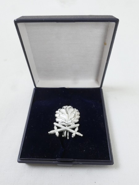 Oak leaf in 800 silver with swords for Knight's cross RK