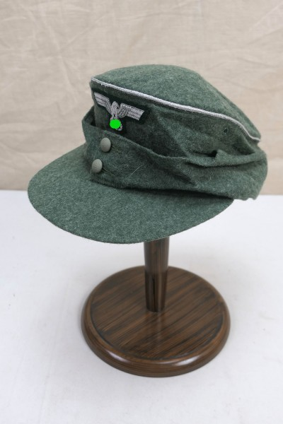 Gebirgsjäger field cap M43 officer with M36 officers cap eagle and cockade size 57