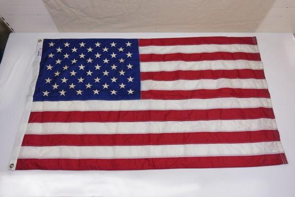 USA Parade Flag Nylon Flag with Metal Eyelets 152cm x 91cm Stars and Stripes