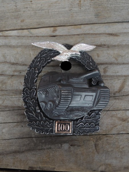 "Panzer badge ""bronze"" with mission number 100 Luftwaffe"