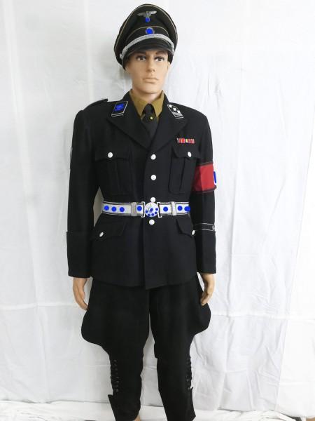 General Elite M32 Uniform of a Hauptsturmführer with Breeches shirt tie and belt