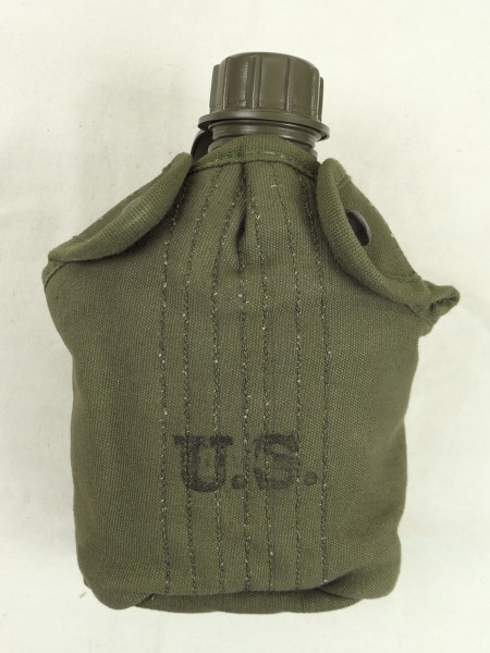US ARMY WW2 canteen + canteen cover field canteen