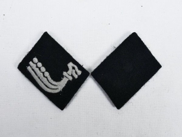 Pair of WSS Collar Mirrors 5th SS Panzer Division Wiking