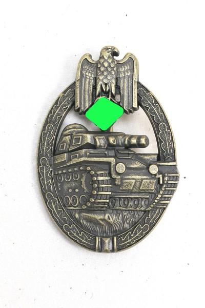 Panzer Combat Badge in Bronze Massive Level Bronze Manufacturer AS
