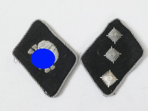 Collar Mirror Weapons Elite Skull and crossbones Division Untersturmführer with RZM label
