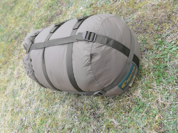 CARINTHIA Mummy sleeping bag DEFENCE 4 olive 200cm (318)