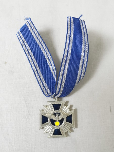 Service award / loyalty services in the party 2nd stage silver on ribbon