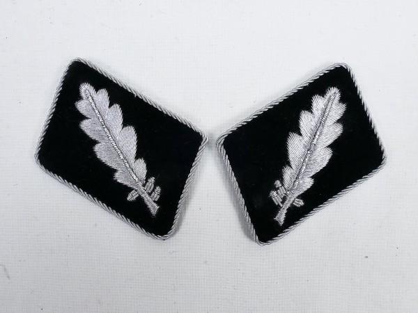 Pair of WSS rank badges / collar patches Standartenführer / Oberst -flat version-