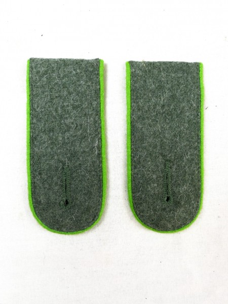 Wehrmacht shoulder pieces mountain troops M40 epaulettes shoulder teams