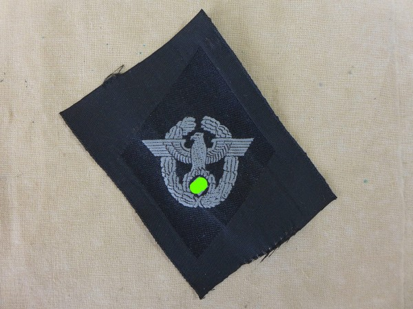 Wehrmacht police sleeve rue for leader as a former member of the police / sleeve badge rue