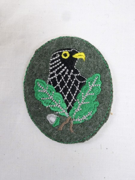 Sniper badge embroidered on green cloth sleeve badge