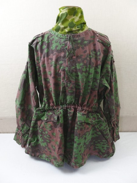 Waffen SS slipover jacket Eichenlaub B Gr.II Type 2 with pockets in vintage optics Top museum quality