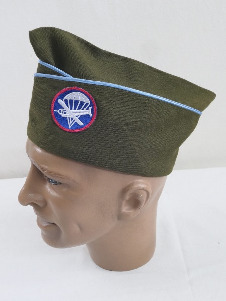 US ARMY WW2 Garrison Cap Infantry (Blue) Shuttle Infantry with Glider Badge