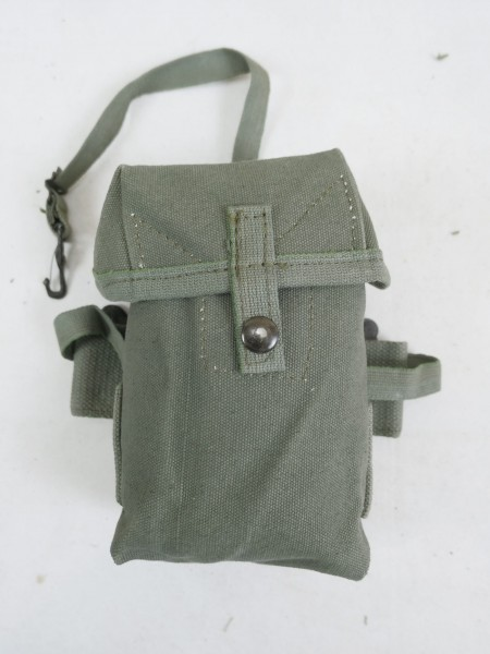TYPE US Vietnam M-1956 Case small arms ammunition pouch magazine pouch Vietnam