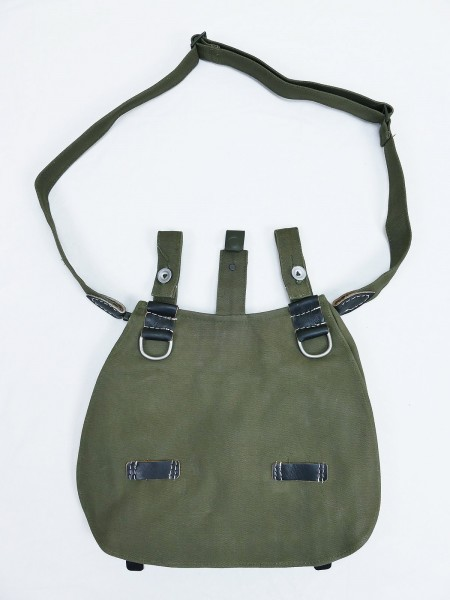 Wehrmacht bread bag with carrying strap