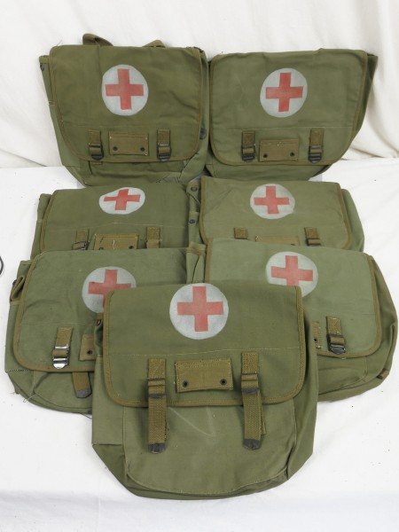 MUSETTE BAG Type US ARMY WW2 paramedic Red Cross Red Cross Willys Jeep