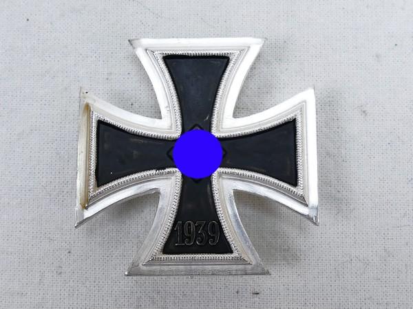Wehrmacht Iron Cross 1939 EK1 on pin