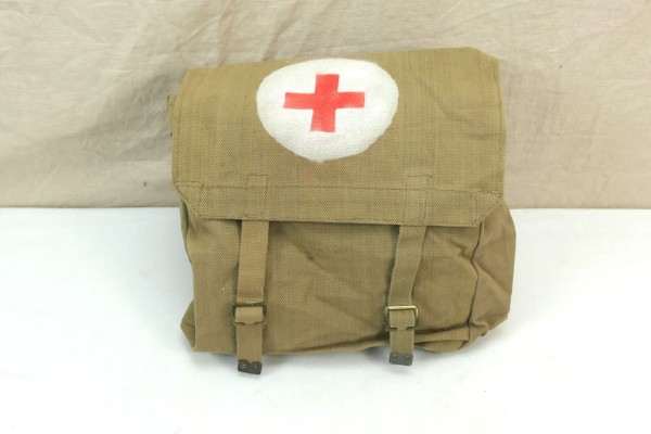 WW2 British Army red cross bag large paramedic bag 1945 Red Cross