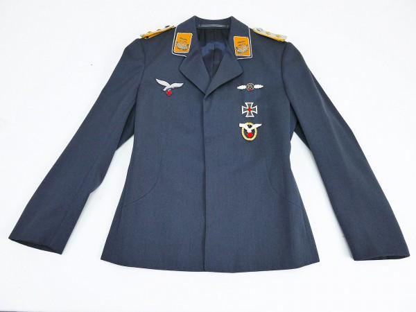 Luftwaffen Uniform Fliegerbluse for an Officer (Hptm.) of the Flieger from Filmfundus