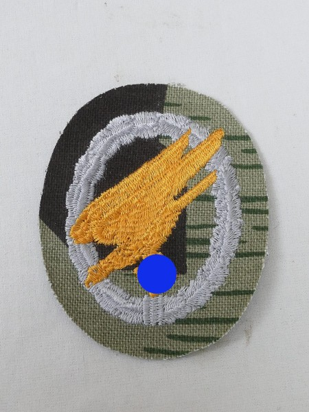 parachutist badge embroidered on camouflage fabric for camouflage clothing Knochensack splinter camouflage