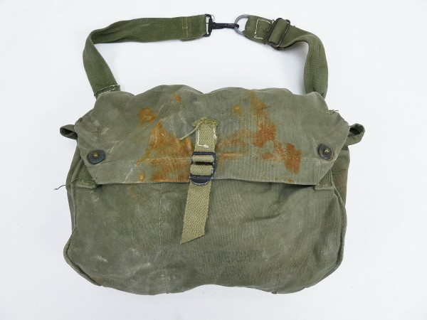 US Army WW2 M6 gas mask bag Light weight with British gas mask and filter