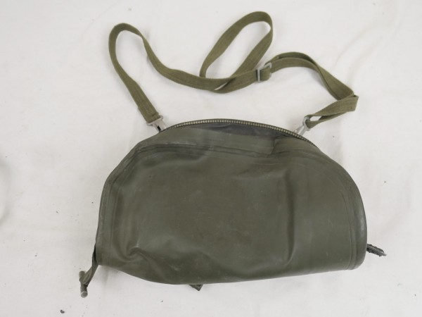 BW German Armed Forces paratroopers gas mask bag old style bag for gas mask