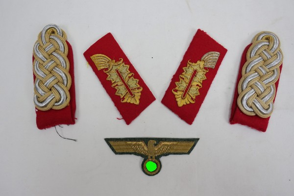 Wehrmacht Effects General - epaulettes + collar patch + breast eagle