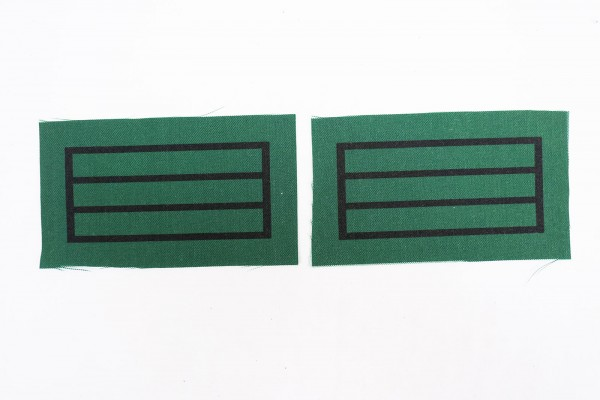 1x pair of WSS Oberscharführer rank badges for camouflage uniforms and special clothing