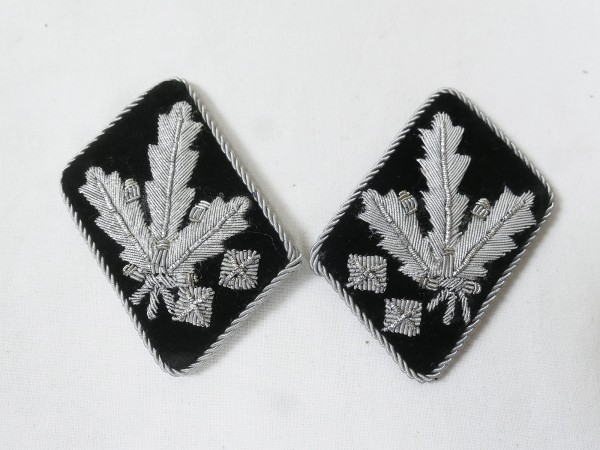 Waffen Elite pair collar tabs SS Obergruppenführer and General